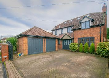 5 bed detached house for sale in Derby Road, Hoddesdon EN11