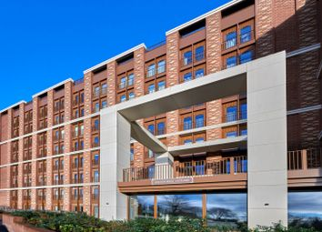 Thumbnail 2 bed flat for sale in Ziggurat House, 25 Grosvenor Road, St. Albans, Hertfordshire