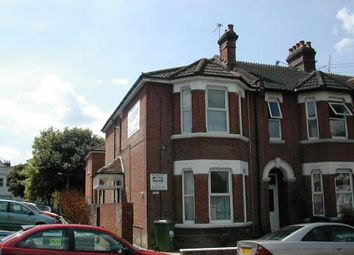 Thumbnail 1 bed flat to rent in Wilton Avenue, Southampton