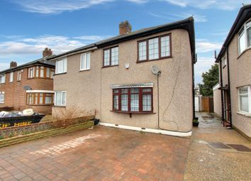 3 bed property for sale in Chaucer Avenue, Hayes UB4