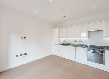 Thumbnail 1 bed flat to rent in Grosvenor Road, St. Albans