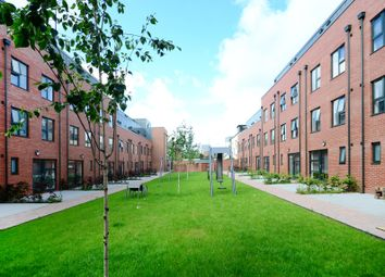 Thumbnail 5 bed town house to rent in 33 Dun Fields, Kelham Island, Sheffield