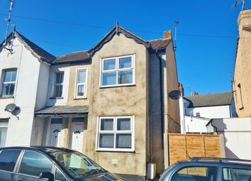 Thumbnail 4 bed property to rent in Garland Road, Parkeston, Harwich