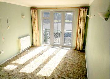 Thumbnail 2 bedroom flat for sale in Friern Barnet Lane, Whetstone, London