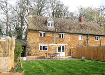 Thumbnail 2 bed cottage for sale in Williamscot, Banbury