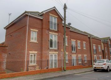 Thumbnail 2 bed flat to rent in Wollaston Road, Lowestoft