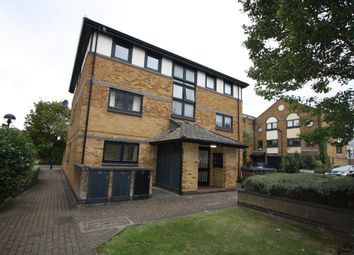 Thumbnail 2 bed flat to rent in Taeping Street, Clippers Quay, Docklands, London