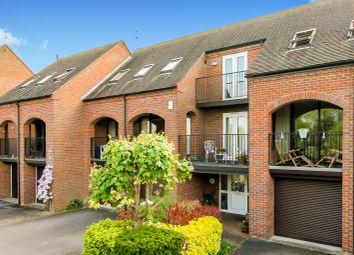 Thumbnail 5 bed town house for sale in Church Road, Sandford-On-Thames