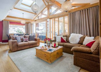 Thumbnail 4 bed chalet for sale in Chemin Des Lupins, 74400 Chamonix-Mont-Blanc, France