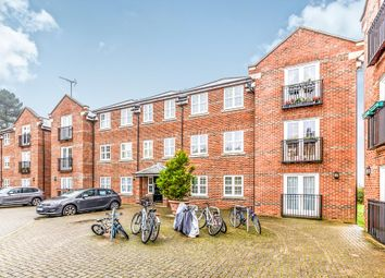 Thumbnail 3 bedroom flat for sale in Lime Tree Court, London Colney, St. Albans