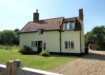 Thumbnail 2 bedroom cottage to rent in The Common, Fritton, Norwich