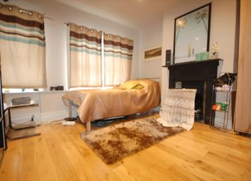 Thumbnail Room to rent in Tottenhall Road, London
