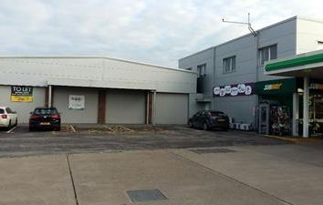 Thumbnail Retail premises to let in Retail/Trade Unit, Unit 1, New Street, Andover