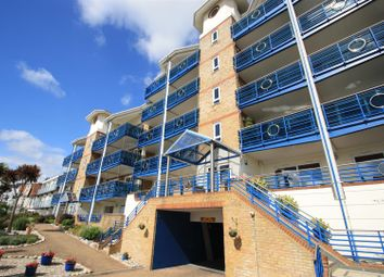 Thumbnail 4 bedroom flat for sale in The Leas, Westcliff-On-Sea