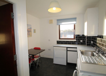Thumbnail 1 bed flat to rent in Rockwell Place, Dundee