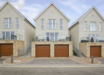Thumbnail 3 bed detached house for sale in The Avenue, Tunbridge Wells