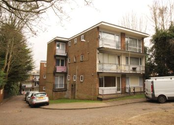 Thumbnail 1 bed flat to rent in Ruthin Close, Luton
