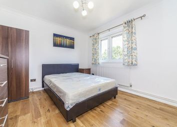 Thumbnail 4 bed flat to rent in Highcross Way, London