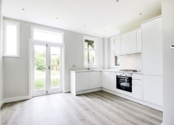 Thumbnail 2 bed maisonette for sale in Leslie Road, East Finchley, London