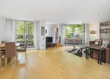 Thumbnail 2 bedroom flat to rent in Rose Court, Islington Green, London