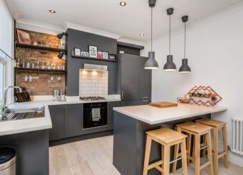 2 bed maisonette for sale in Hurstbourne Road, London SE23