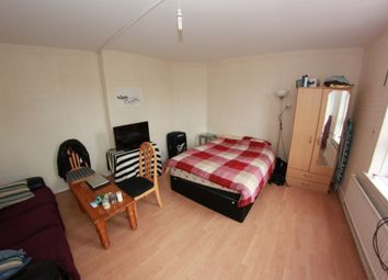 Thumbnail 5 bed shared accommodation to rent in Dellow Street, London