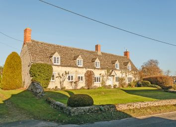 Thumbnail 5 bed farmhouse for sale in Cassington Road, Yarnton, Kidlington