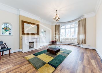 Thumbnail 4 bed flat to rent in Dukes Avenue, Muswell Hill, London