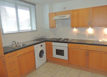Thumbnail 3 bed flat to rent in 2A Wynford Road, Kings Cross
