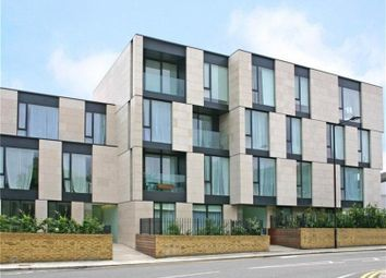 Thumbnail 3 bed flat to rent in Latitude House, Oval Road, London