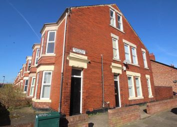Thumbnail 4 bed flat to rent in Whitefield Terrace, Newcastle Upon Tyne