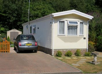 Thumbnail 2 bedroom mobile/park home for sale in Baddesley Road, North Baddesley, Southampton