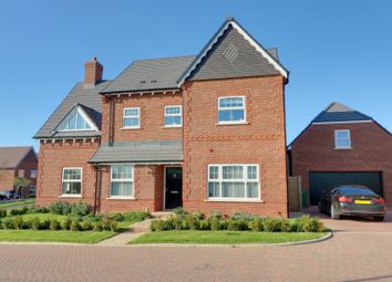 Thumbnail 5 bed detached house for sale in Esingdon Drive, Thame