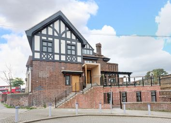 Thumbnail 3 bed flat to rent in Station Approach, Catford Bridge, London