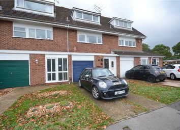 3 bed town house for sale in Wallace Close, Woodley, Reading RG5