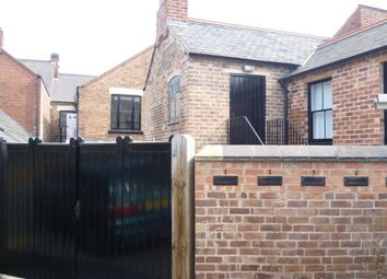 Thumbnail Studio to rent in Ernest Hall Way, Swadlincote