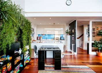 Thumbnail 2 bedroom flat for sale in Royle Building, Wenlock Road, London