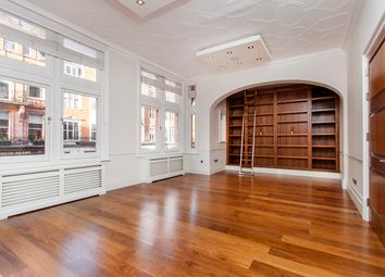Thumbnail 3 bed flat to rent in Mount Street, Mayfair