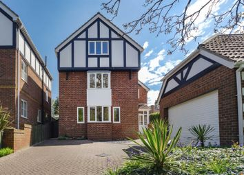 Thumbnail 5 bed detached house for sale in Cliff Road, Hornsea