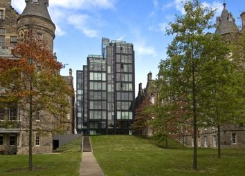 2 bed flat to rent in Simpson Loan, Quartermile EH3