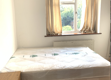 Room to rent in Stanhope Park Road, Greenford UB6