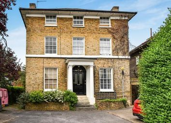Thumbnail 2 bed flat to rent in Sussex Place, Town Centre