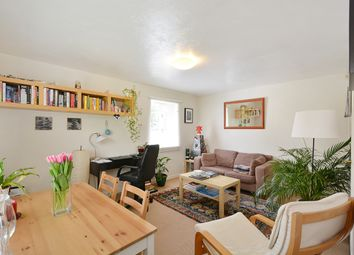 1 bed flat to rent in Winders Road, London SW11