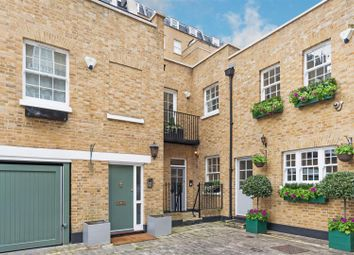 Thumbnail 4 bed mews house to rent in Montagu Mews West, London