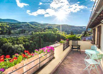 Thumbnail 3 bed town house for sale in Piazza Garibaldi, Cetona, Siena, Tuscany, Italy