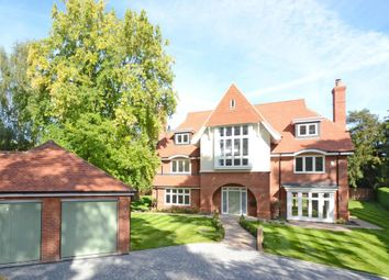 Thumbnail 6 bed detached house to rent in Old Woking Road, Woking
