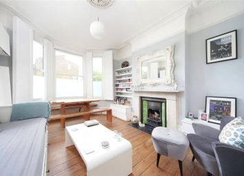 Thumbnail 1 bed flat to rent in Union Road, Clapham, London