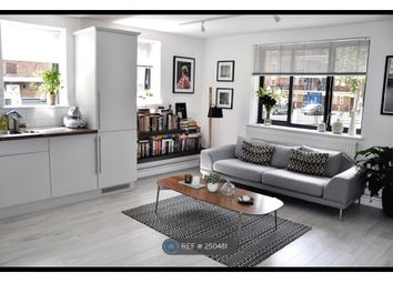 Thumbnail 1 bedroom flat to rent in London Fields East Side, London