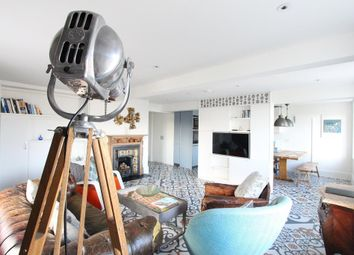 Thumbnail 3 bed flat to rent in Devonshire Place, Brighton