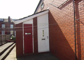 Thumbnail 2 bed property to rent in Aysgarth Close, Leeds